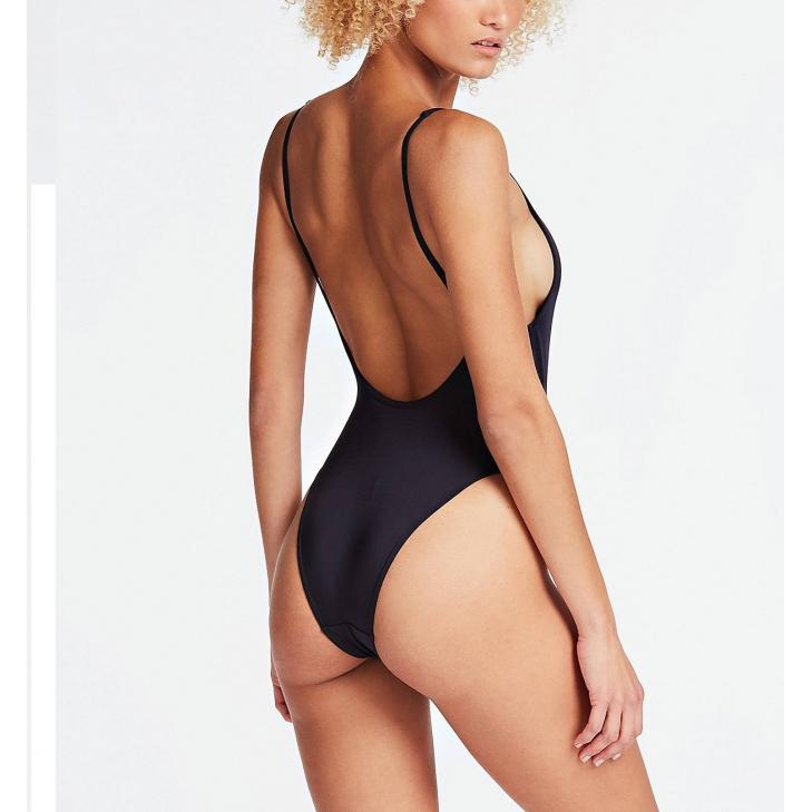 Damski strój kąpielowy jednoczęściowy Guess E02J33LY00J – A996 czarny