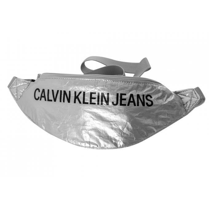 Saszetka nerka Calvin Klein srebrna